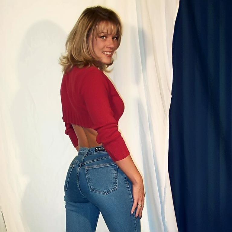 Diane Hunter – apartmentwrestlers.com