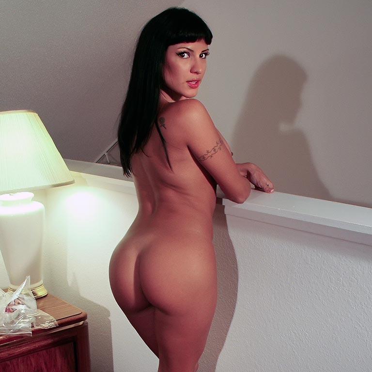 Rosario Delgado – apartmentwrestlers.com
